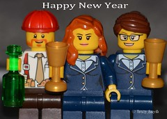 Happy new year (365/365) (Tas1927) Tags: 365the2017edition 3652017 day365365 31dec17 lego minifigure minifig newyear