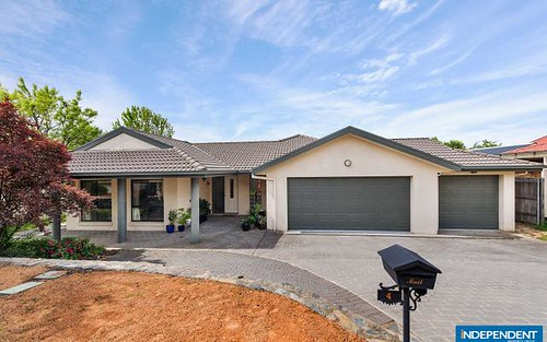 4 Hoad Place, Nicholls ACT