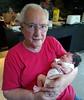 Con el nieto. (jagar41_ Juan Antonio) Tags: personas persona gente niños niño nieto abuelo abuelos