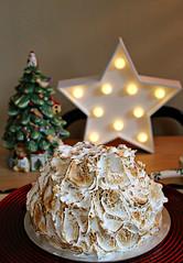 2017 Sydney: Gelato Bombe Alaska (dominotic) Tags: 2017 christmas bombealaska meringue gelato dessert food gelatobombealaska cowandthemoonenmore sydney australia