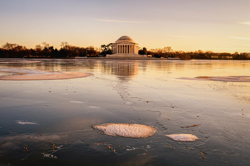 The Jefferson on an Icy Tidal Basin!