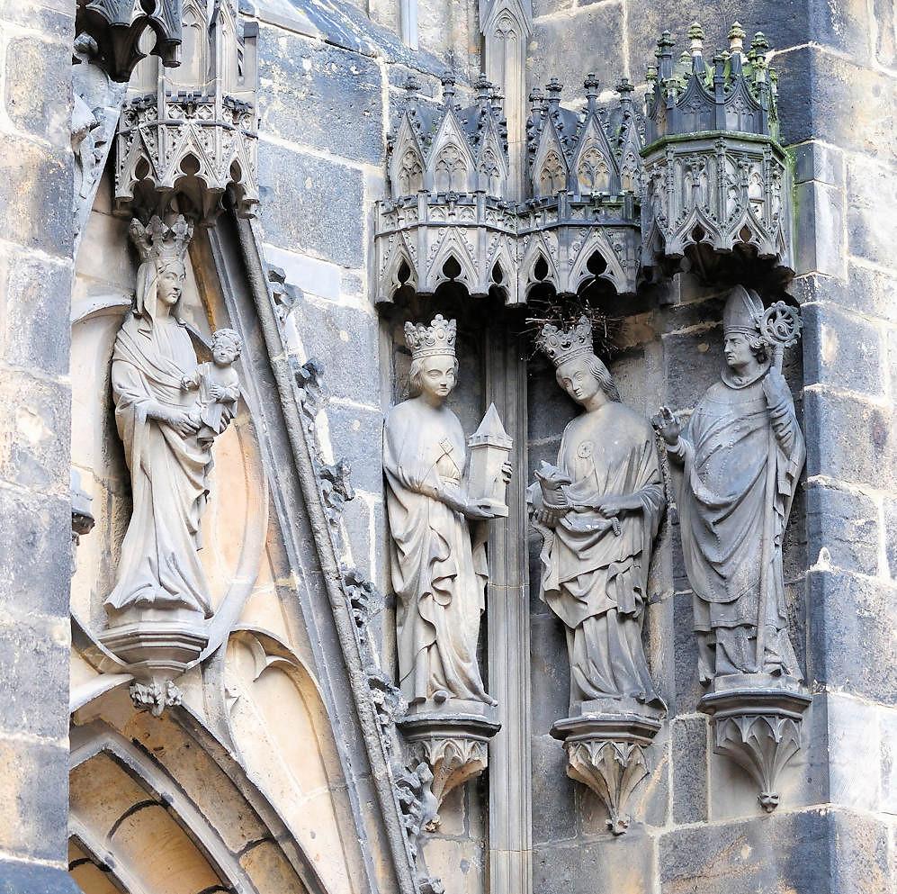 Ansprechend Aussenfassade Farben Dekoration Von 10-dsc_1042 Skulpturen Meißener Dom Aussenfassade. (stadt +