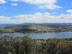 Tamar River, from Brady's Point (d.kevan) Tags: views lookouts rivertamar tasmania bradyspoint australia countryside tamarvalley