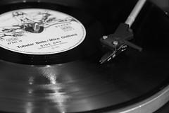 Vintage Vinyl (rainer.marx) Tags: vintage vinyl dual oldfield 1973 bw sw analog panasonic fz1000 lumix leica