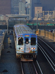 Down the Ryan (Robby Gragg) Tags: cta electric mu 2898 chicago holiday train