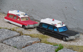 Dinky Toys FALCK Denmark special color variations Cadillac Superior Ambulance