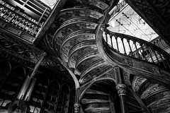 Livraria Lello (Howard Yang Photography) Tags: porto portugal harrypotter bw blackandwhite leicam 24mmelmar