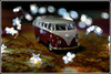 Feliz 2018 para todos! (Izaskun Insausti) Tags: furgo furgoneta vw light luz lights luces photography photoshop foto fotografía igerrak izaskuninsausti detail details detalles nikon nikkor shadow shadows vintage old merrychristmas happynewyear felizañonuevo beautiful beautifull xmas enfocae furgovworg furgovw enfurgomolamas vanlife fototoys toys bokeh holidaybokeh amazingclick click flickr clasic roadtrip natale happy festive shot shotz shots estrellas colorfull color colour