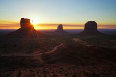 Gorgeous sunrise over Monument Valley, Arizona (Andrey Sulitskiy) Tags: usa arizona monumentvalley