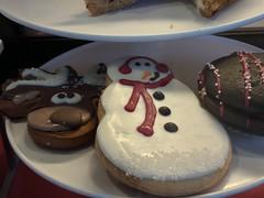 Starbucks Cookies (earthdog) Tags: 2017 food edible cookie starbucks googlepixel pixel androidapp moblog cameraphone snowman sugarcookie reindeer