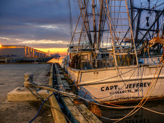 The Capt Jeffrey - Brunswick Georgia (John E Adams) Tags: georgia south southern southernstyle brunswick waterfront water sunrise sun clouds pier moored woodhulledboat