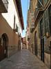 Palma old town (Schwanzus_Longus) Tags: mallorca majorca island balearics balearic palma capital old town city gasse architektur outdoor säule bürgersteig