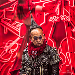 Destroyer (Mario Rasso) Tags: mariorasso nikond810 newyork manhattan people realpeople portrait red