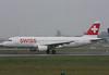 HB-IJS Airbus A320-214 Swiss (corkspotter / Paul Daly) Tags: hbijs airbus a320214 a320 782 l2j hscp 4b161c swr lx swiss international air lines 1998 fwwds 20020331