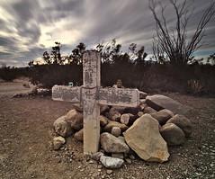 Desert Grave (dr_scholz@ymail.com) Tags: desert landscape grave graveyard cross rocks sky clouds canon5dmkii zeiss distagon1528ze zeiss15mmf28distagon distagont2815 carlzeiss