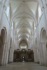 Abbaye de Pontigny - La grande nef (godran25) Tags: europe france bourgogne burgundy yonne pontigny citeaux cistercien cisterciens cistercians abbaye abbey église church abbatiale nef