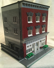 Telford Block (Brick Lettuce) Tags: lego modularbuilding modular newwestminster cafecorner