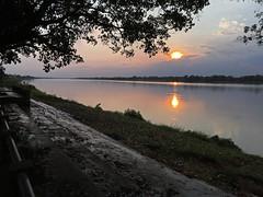 Sunset storm along the Mekong 2018-1-7 4 (SierraSunrise) Tags: clouds mekong mekongriver nongkhai phonphisai reflections river skies sky storm sunset thailand