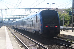23520 (matty10120) Tags: south france marseille class railway train transprot avignon central gare du