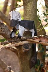 IOIO 2017 - Cottontop Tamarin (Tankoda) Tags: kunsulu jilkishiyeva travis nolan origami art tankoda paper black white nature cottontop tamarin double tissue mc 18 inches monkey branches plants outside ioio 2017