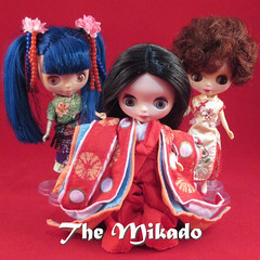 BaD 30 December 2017: Theatre (jefalump) Tags: asianbutterfly shanghaiseason tsukiusagi takara petiteblythe girls mikado gilbertandsullivan smileonsaturday redrules