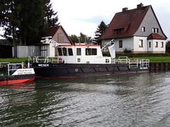 Weser (MMSI 2111333) (Parchimer) Tags: schubboot pushboat towboat pousseur pchacz duwboot spintore empurradorfluvial binnenschiff tolómotorhajó pushertug wsa mittellandkanal