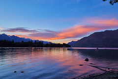 Lake Wakatipu-New Zealand-01-10-17-Sage Robinson- 2 (Sage_Robinson_Photography) Tags: newzealand landscape sagerobinsonphotography lakewakatipu queenstown nztourisum lake filters october2017 water sunrise canonef1635mmf4lisusm