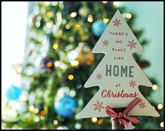 Day 350 - There's no place like home at Christmas. #day350 #350/365 #365  #365pic  #365days  #365photo  #365project  #365photochallenge (DenisePhoto1) Tags: decorations christmas project365 photoadayproject photoadaychallenge photoproject photochallenge photoaday december365 365december 365photoadayproject 365photoadaychallenge 365photoaday 365project 365challenge 365photo 350365 day350 350 365 365pic 365days 365photochallenge