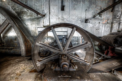Belt Wheel (Fine ArtFoto) Tags: urbex artfoto gestern dream wwwfineartfotocom urban exploration urbexart urbandecay lost place lostplaces lostplace decay decaying discard discarded old oblivion alt abandoned forgotten vergessen verlassen derelict aufgegeben rotten verottet industrie industry walzwerk roller mill walze dampfmaschine dampmaschinen produktionshalle production hall steam engine