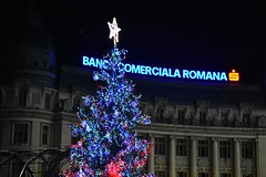 Christmas in Bucharest (WT_fan06) Tags: christmas bucharest craciun bucuresti night light lumina decorations decoratiuni city centre centru old town vechi tradition noapte iarna winter artsy aesthetic 2017 vibes piata universitatii nikon d3400 romania university square
