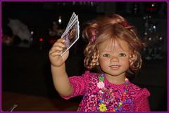 Das Spiel beginnt ... (Kindergartenkinder) Tags: kindergartenkinder annette himstedt dolls annemoni porträt