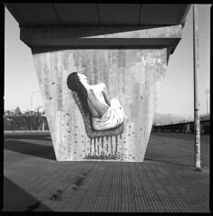 street art II (ukke2011) Tags: hasselblad503cw planarcfe8028 ilforddelta100 selfdeveloping rodinal 150 film pellicola 6x6 square 120 bw mediumformat analog analogico streetart murales blackandwhite