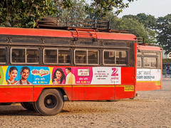 LR Mumbai 2015-538 (hunbille) Tags: birgittemumbai4lr india mumbai bombay chowpatty beach bus