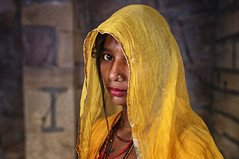 rajasthan - india 2018 (mauriziopeddis) Tags: india jaisalmer fortezza fort rajasthan yellow portrait ritratto people tribe tribal mura canon