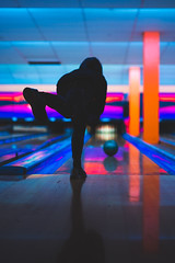 20180104_365_KDW004 (KrisWould) Tags: 365 365project 50mm art bowl bowling bowlingalley d750 daily elephantandcastle everyday hobby london nikon photoaday recreation sigma southlondon sport
