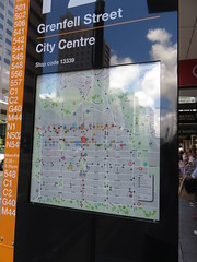 New Color Coded Bus Stop signage on Grenfell & Currie St (RS 1990) Tags: adelaide southaustralia wednesday 20th december 2017 grenfellst curriest busstop new signage colorcoded