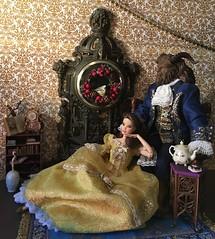 Réveillon de Noël (MaxxieJames) Tags: belle beast beauty disney doll dolls barbie store mattel made move princess prince cogsworth lumière mrs potts chip plumette enchanted objects hasbro palace friends