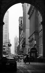 Arch (Salvo.do) Tags: people city new york travel discover explore street photography pentax k5 1855 wr blackandwhite black white bw monochrome monocromatic grey