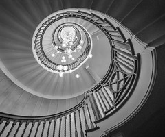 Looking up in 2018 (Janet Marshall LRPS) Tags: staircase spiral bw mono monochrome cecilbrewer healsstore london chandelier pendants 160sec f10 iso6400 explored