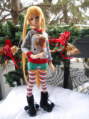 Winry's Holiday Sweater (vicemage) Tags: bjd spiritdoll snowdrop winryrockbell