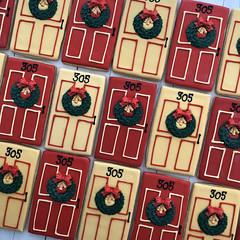 Holiday door cookies with fondant wreaths (sagodlove) Tags: christmascookies heart baked indecorated sugar cookiesheart inwinter cookiesholiday cookiesdoor cookiespersonalized door cookiesfondant wreathfondant accentsred goldnumbered cookies