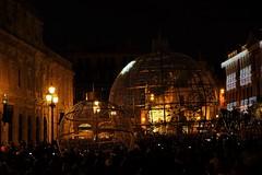 Sevilla (ameliapardo) Tags: sevilla iluminacion iluminacionnavideña luces noche calle ciudad andalucia españa fujixt1