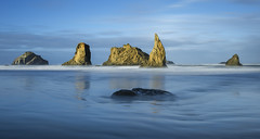 Sea Stacks after the Sunrise. (Bandon, Oregon). (Sveta Imnadze) Tags: ocean pacificocean oregon oregoncoast bandon bandonbeach seastacks seascape facerock