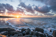 2017's Last Sunset (Fab Boone Photo) Tags: nature sunset landscape sea seascapes sun waves colors fabienboone fabboone