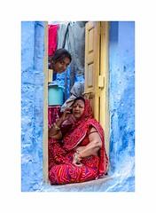 Femmes, Jodpur, Radjasthan, Inde-9980 (helenea-78) Tags: inde jodhpur photoderue streetphotography street femme portraitfemme portrait portraitderue