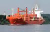 9628 Das rote Containerschiff Cap Palmas der Reederei Hamburg Süd wurde 2003 gebaut und hat eine nominale Kapazität von 2524 TEU / 1886 TEU bei 14t. Die Tragfähigkeit von Handelsschiffen wird mit den englischen Begriffen dead weight tonnage (dwt) oder ton (christoph_bellin) Tags: rotes containerschiff cap palmas reederei hamburg süd kapazität teu tragfähigkeit handelsschiffe englische begriffe dead weight tonnage dwt tons tdw hansestadt hamburger hafen elbe schiffe fluss seehafen containerhafen schiffsverkehr