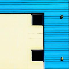Líneas (Enrique Mesa) Tags: arquitectura architecture southafrica sudáfrica cuadrado square blue