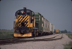 TSBY w/ Yellow Bellies! (Martin W. Burk) Tags: saginaw tuscola bay railroad train michigan rr tsby