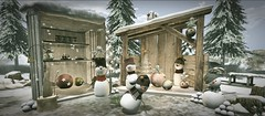 Marché De Noel (lndya and Leeaker) Tags: merak restingcorner decocrateheadquarters serenitystyle andreshappymoodgacha shiny shabby fishmycheese holidayhunt dannafairies lootbox lb animatedconifer{4seasons}2l mi snowsled