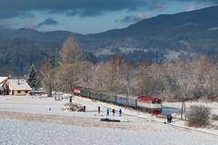 T478.2011 + 749 248-1 by PlessRail - 2017.12.30 || Bziny || T478.2011 + 749 248-1 z pociągiem sylwestrowym rel. Vrútky - Trstená, przejeżdżają przez miejscowość Bziny.  plessrail.pl